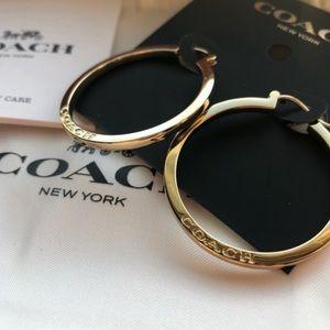 🕴 Gold Coach hoop earrings